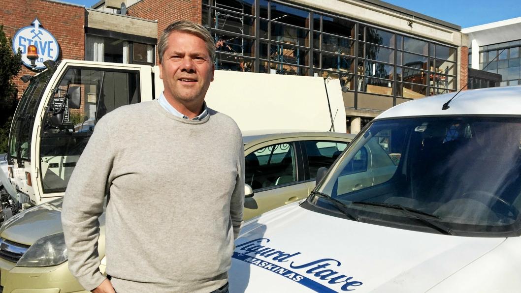 Geir Mellum er ny adm. direktør i Sigurd Stave Maskin AS. Han tar over etter Sigurd Stave.