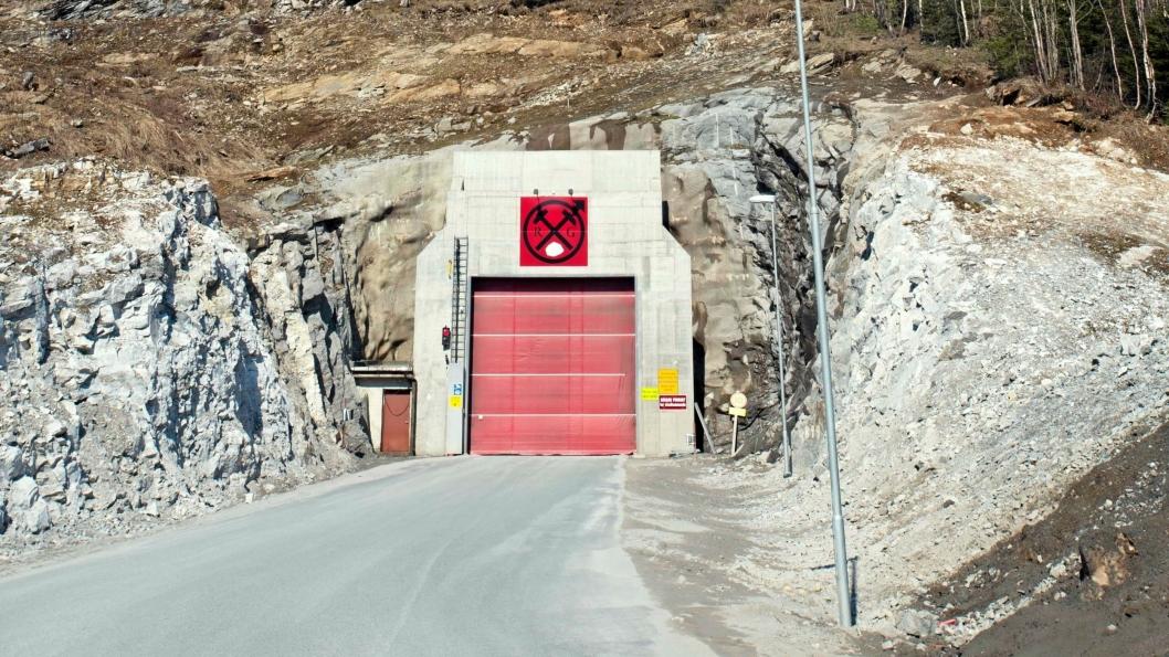 Rana Gruber i Mo i Rana. Åpningen inn i hovedtunnelen, bildet er tatt ved en tidligere anledning.
