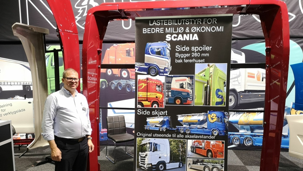 David Klingenberg i Nordicc Truck Division viste en helt ny sidespoiler, med tett bakside, til Scania Next Gen på Transport & Logistikk.