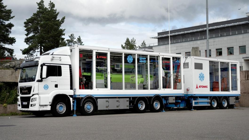 Dette vogntoget er ifølge MAN Truck & Bus det eneste av sitt slag i hele verden. Det er en komplett rullende fabrikk for sliping og preparering av alpinski.