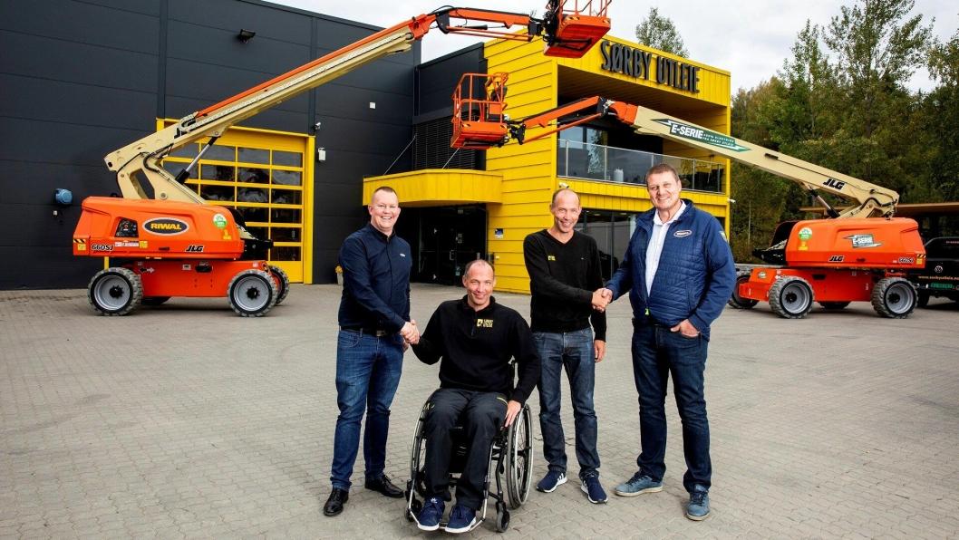 På bildet fra venstre: Jesper Becker Nielsen (Riwal),Erik Sørby (Sørby Utleie),Lars Sørby (Sørby Utleie) og Karl Oskar Fevik (Riwal).