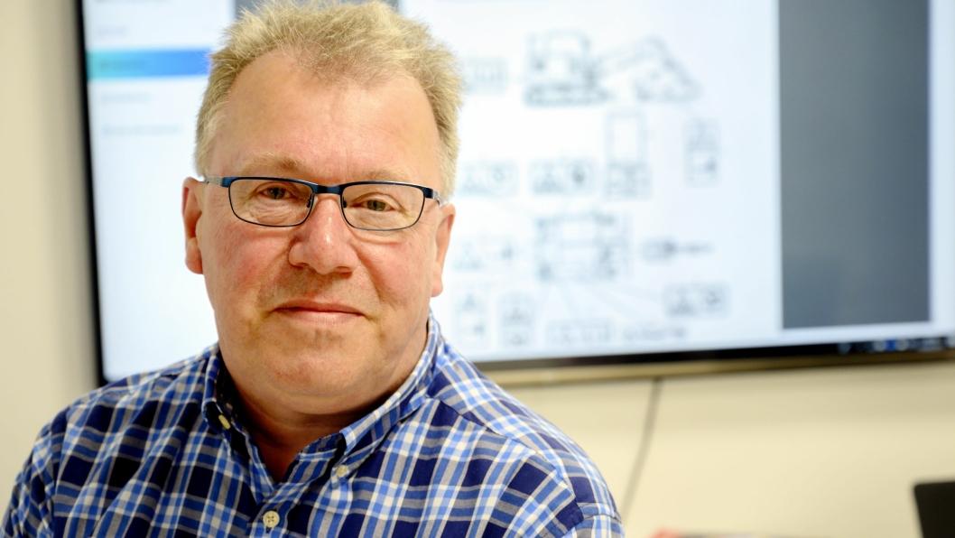 OVERSIKT: I en nettportal kan Lars H. Karlsen tilby at Typeopplaering.no sine kunder har oversikt over hvilke maskiner hver enkelt ansatt har typespesifikk opplæring på.