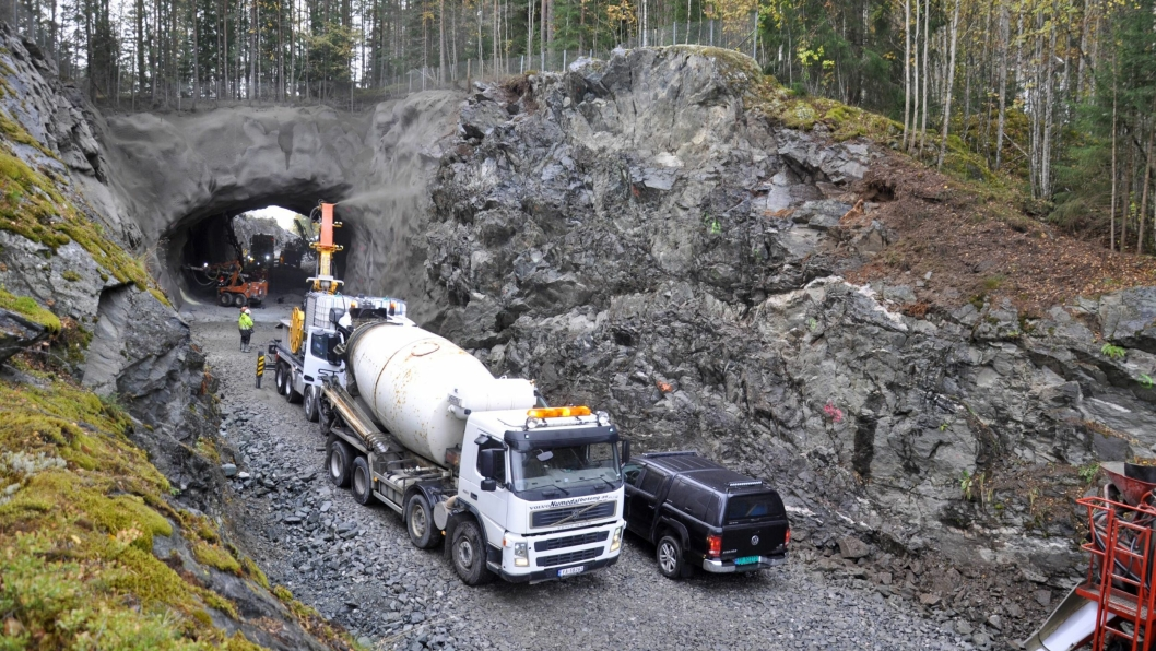 Rustandtunnelen er eneste tunnel på fv. 40 i Numedal.