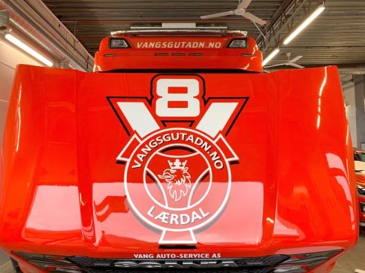 V8-PANSER: Bilen er godt merket.