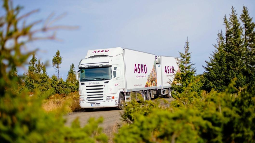 Asko er blant de store logistikkaktørene som har satset på fornybart drivstoff, og som mener regjeringen gjør feil i å innføre avgift på alt flytende biodrivstoff.