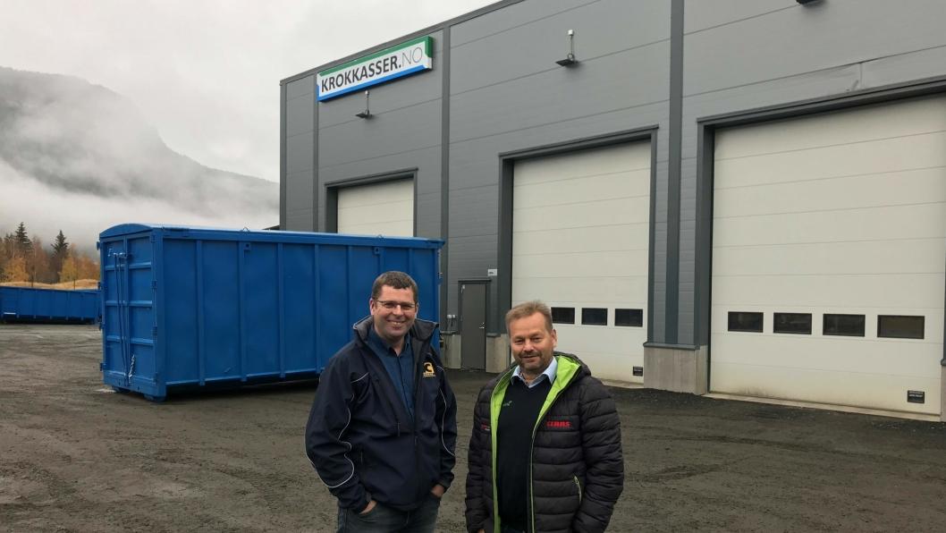 Daglig leder Svein Skurdal i Krokkasser.no (t.v.) og Trond Arne Bredesen, daglig leder for Lena Maskin ser frem til å samarbeide.