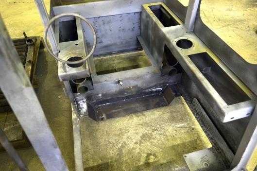 RUST: Rusta som var i gulvet, er erstattet med nye stålplater.