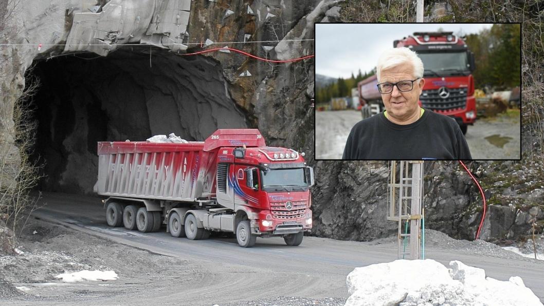 SLUTT: Etter sommeren er det slutt på at lastebilene fra T. Engene AS transporterer steinen for Brønnøy Kalk. Bildet er fra 2015.Innfelt bilde: Torbjørn Engene.