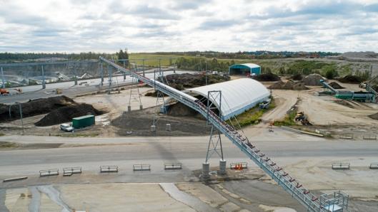 RESIRKULERT MASSE: Transportbånd-systemet skal håndtere vasket masse som kommer fra et store CDE-vaskeanlegg.