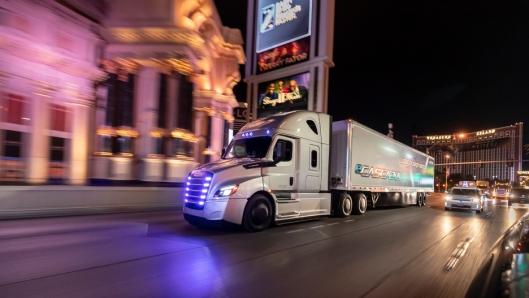 I USA testes Freightliner eM2 og eCascadia.