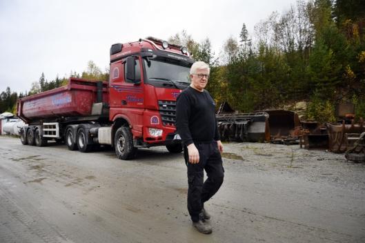 FORBANNET: Torbjørn Engene er overrasket over at han ble den første som tapte for autonome lastebiler. Og forbannet fordi det er Volvo som tar jobben.