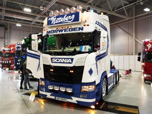 Andreas Nittebergs Scania R450 med «Uncle Sam» på bakveggen deltok på Scandinavian Truck Trophy 2019 på Norges Varemesse.