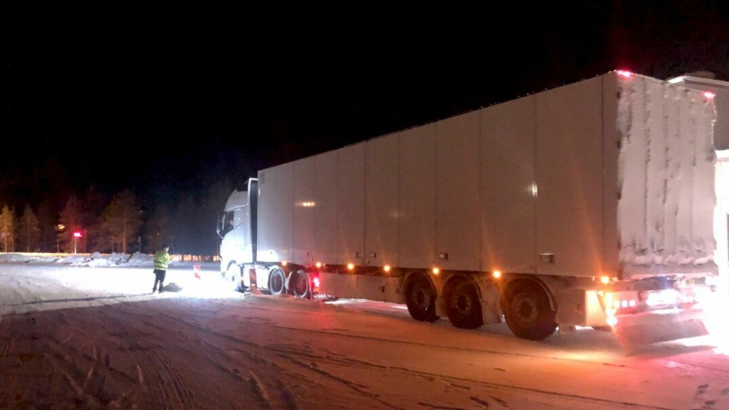 Det var alt i orden på alle de tunge kjøretøyene som ble kontrollert natt til tirsdag 29. oktober på Kvenvikmoen ved Alta i Finnmark.