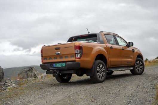 HØY: Ford Ranger er høy uten at det går ut over kjøreegenskapene.
