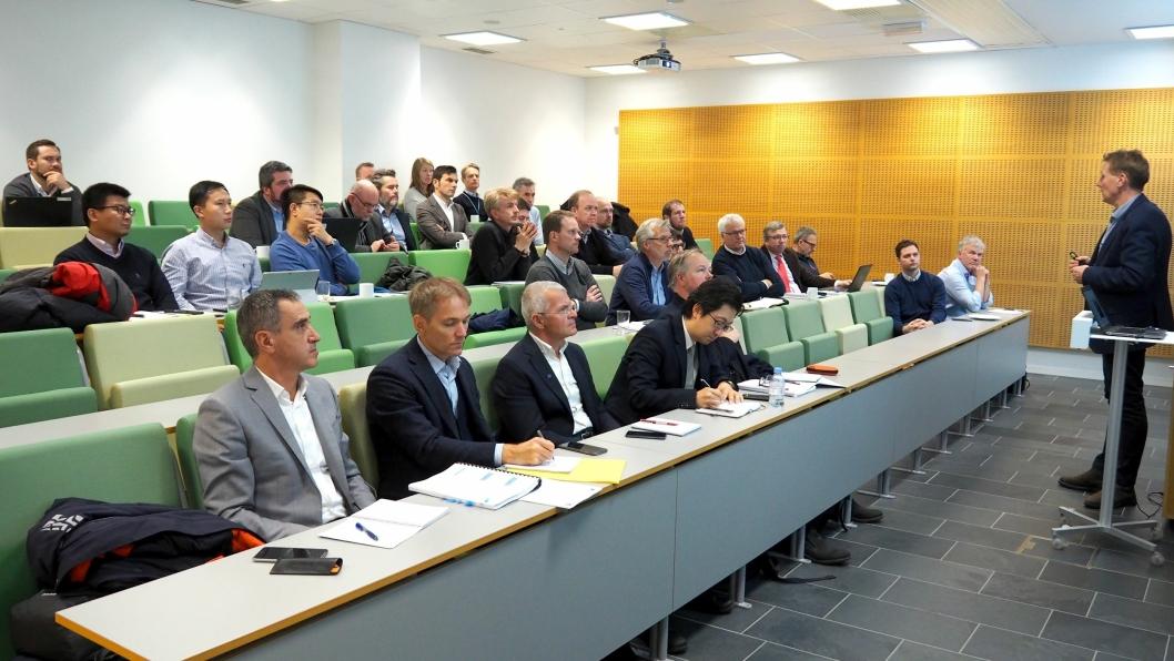 Tilbyderkonferansen for utbyggingen av E6 Moelv – Roterud ble ledet av Bjørn Børseth, direktør for kontrakt og anskaffelser i Nye Veier. Alle de fem kvalifiserte entreprenørene var representert.