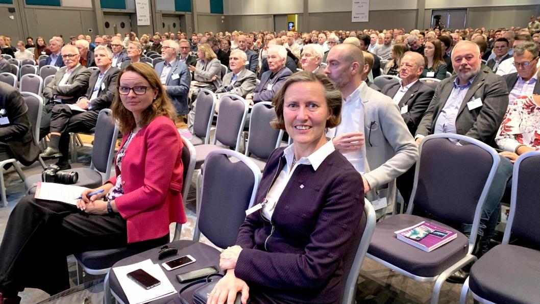 Anne Kathrine Kalager, styreleder i Norsk Forening for Fjellsprengningsteknikk (NFF), ønsker innspill fra foreningens medlemmer på om Fjellsprengningskonferansen bør flyttes fra Radisson Blu Scandinavia Hotell. Konferanseplassen er sprengt for NFF.