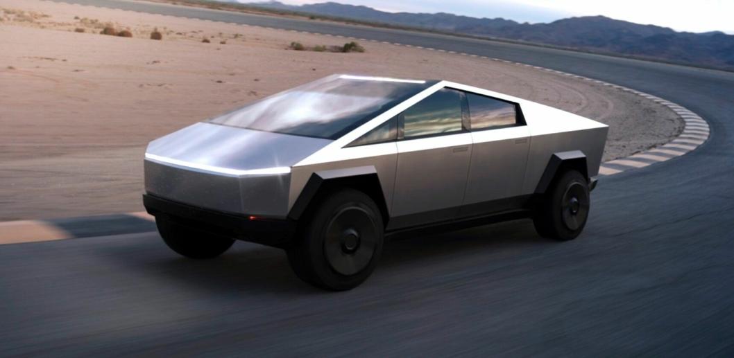 - Biler har vært veldig like de siste hundre årene, vi trenger noe nytt, noe som går på fornybar energi. Og vi trenger det nå, sa Musk under lanseringen. Cybertruck er på en måte ny, og på en måte gammel (siden den ser ut som futuristiske bil eri filmer fra 1980-tallet). Nå er altså disse i ferd med å ta turen fra filmlerretet og ut på veiene.