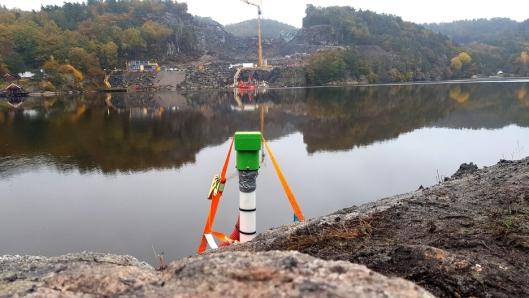 Cautus Geo har satt ut overvåkingsutstyr både på land og i vannet.