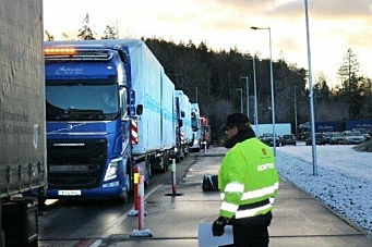 Stoppet alle tungbiler på Svinesund