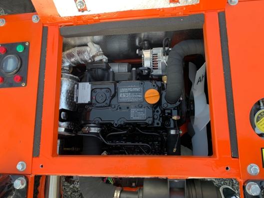 I Nante NT12 er det montert en tresylindret Yanmar dieselmotor som yter 13 kW.