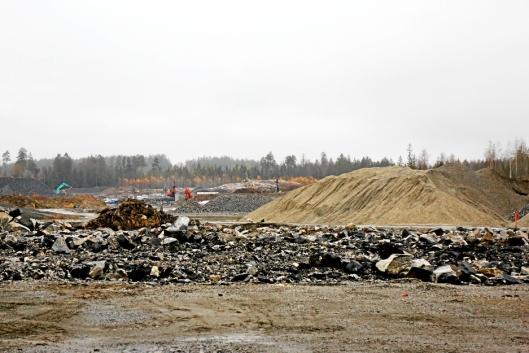 DIGERT: Holtskogen Næringspark er den største jobben Leif Grimsrud AS har nå. Området er over en halv million m².