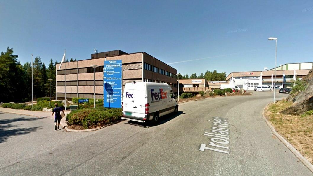 NHS Transmisjoner AS holder til i Trollåsveien 8 i Oppegård kommune sør for Oslo.