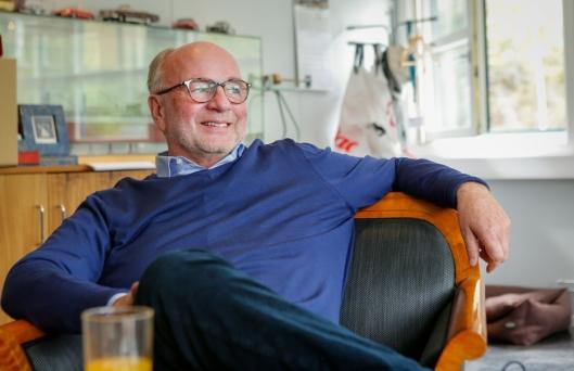 SVÆRT GODT FORHOLD: Ole Andreas Aaserud i Ankerløkken Equpiment får regelmessig besøk fra Furukawas toppledelse. Avtalen som ble signert på 80-tallet har vært viktig for begge parter. (Foto:Native Media)