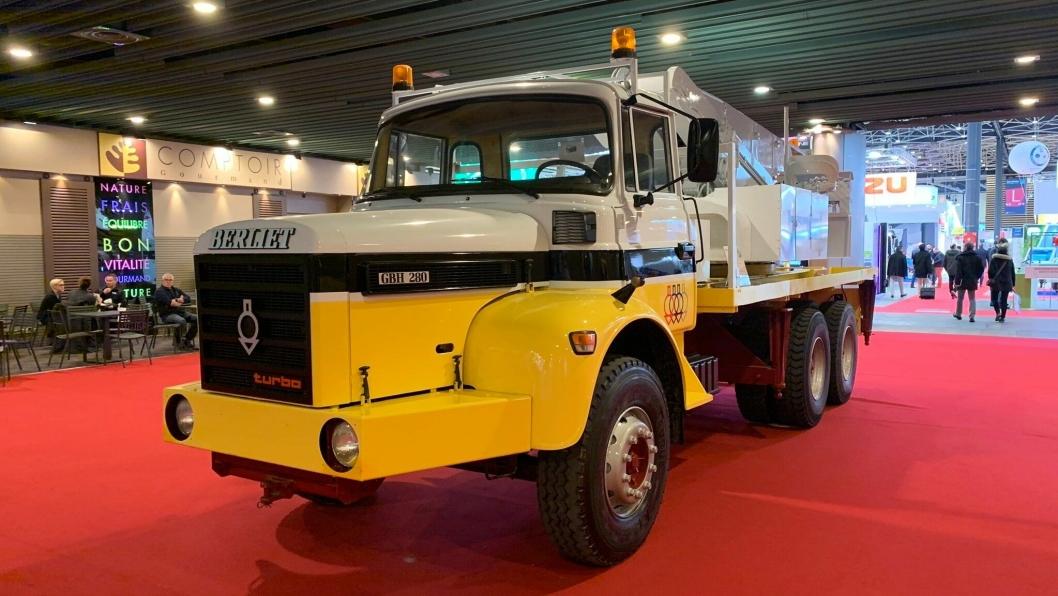Berliet GBH 280, 1975 modell, 6x4. Utstyrt med en 6 sylindret Berliet turbo motor på 12 liter og 280 hk.