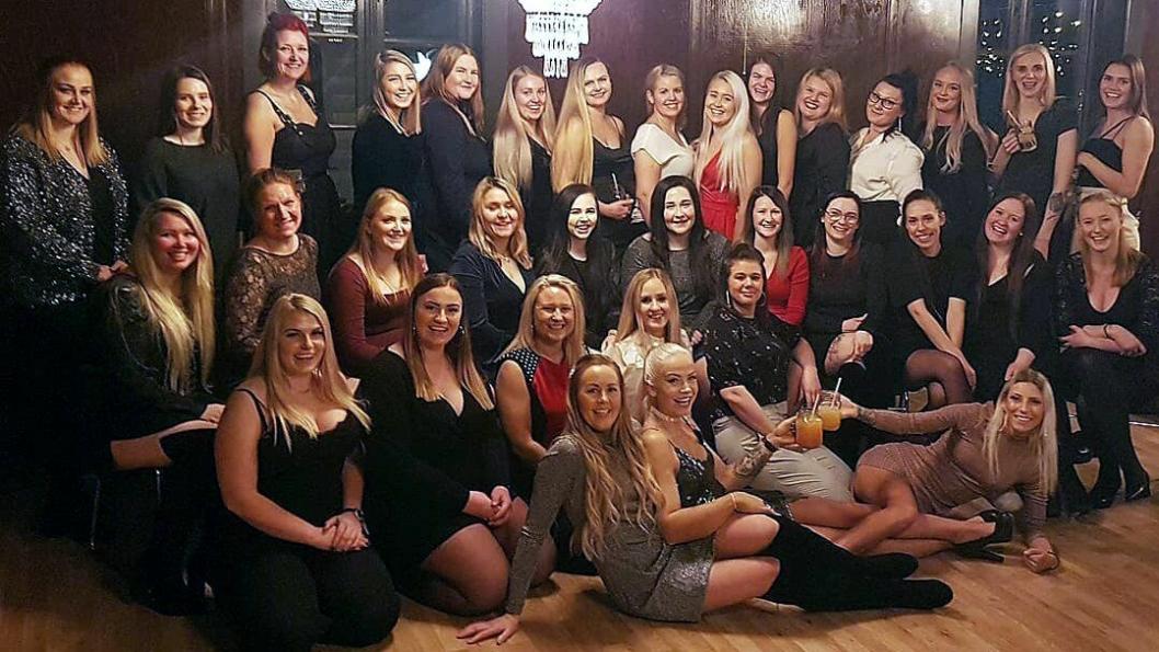 34 JENTER: Første fest for Truckerjentene samlet 34 jenter, hovedsakelig fra Vestlandet og Østlandet. Nå håper de dette er starten på en ny tradisjon!