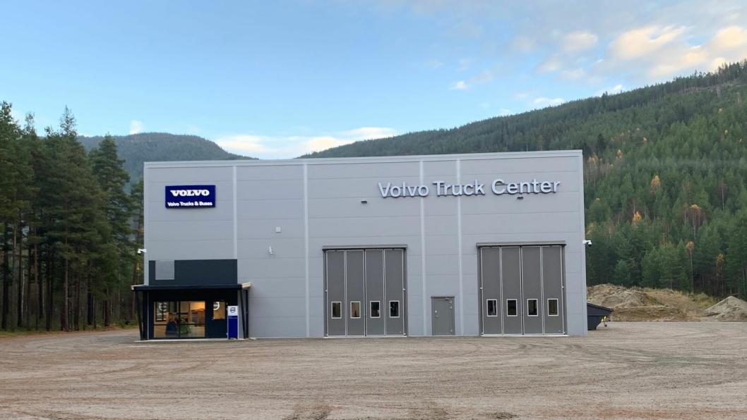 NYBYGG: Volvo Truck Center har åpnet nytt lastebil- og bussverksted på Nesbyen i Hallingdal.