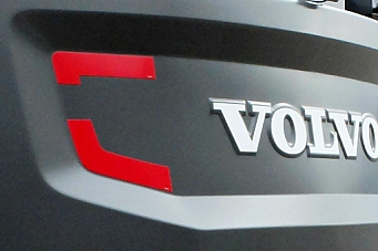 Stjal motordeler til Volvo-maskiner fra lager