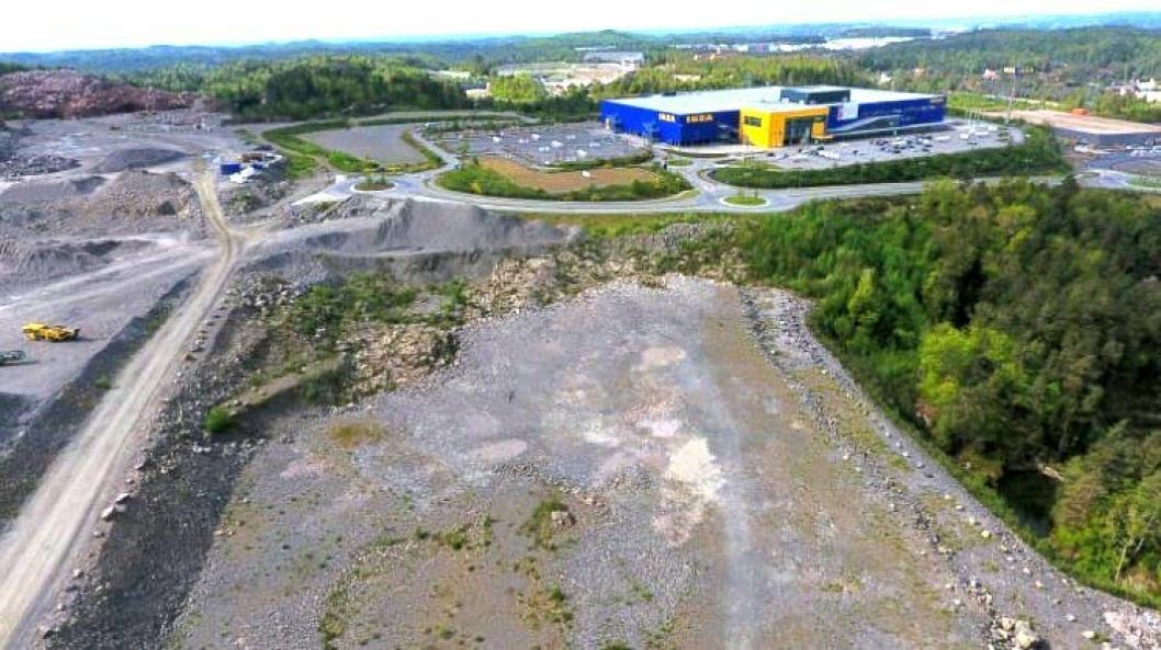 Posten planlegger å bygge ny terminal på denne tomten i Lillesand kommune, ved siden av Ikea.