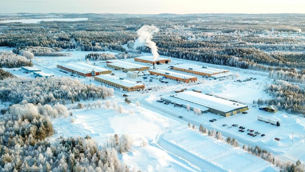 Fabrikken og hovedkontoret til Engcon ligger i Strömsund i Sverige.