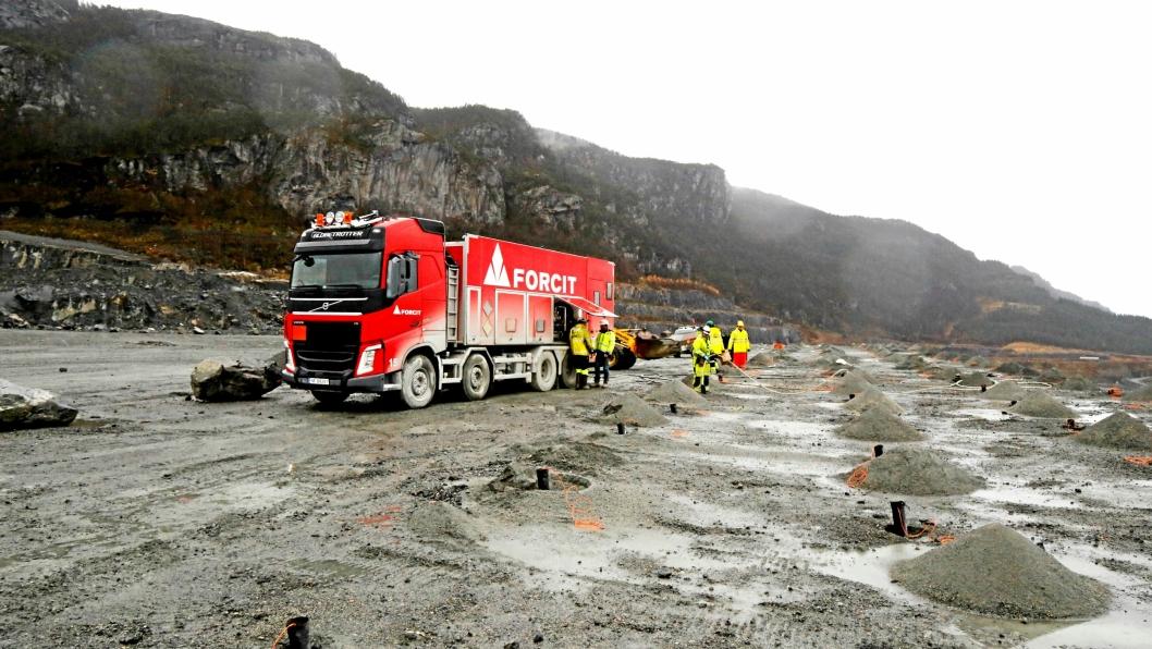 Forcit Norways fireårsavtale med Norsk Stein er Norges største enkeltkontrakt på sprengstoff. Volumet er på rundt 5000 tonn emulsjon i året.