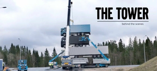 Volvolansering: Stablet fire lastebiler i høyden