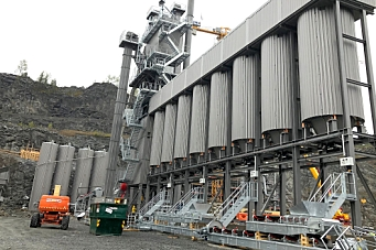 NCC setter opp en ny asfaltfabrikk