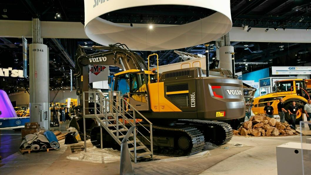Bilde fra 2015, og Volvo CEs siste forberedelser til Conexpo den gang. I år blir ikke Volvo CE å se på messen.