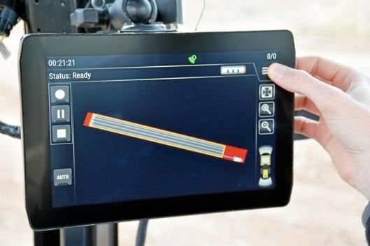 SKJERM: Touchskjerm i hytta viser C4C-løsningen. Cat har jobbet for å få fremstillingen så intuitiv som mulig.
