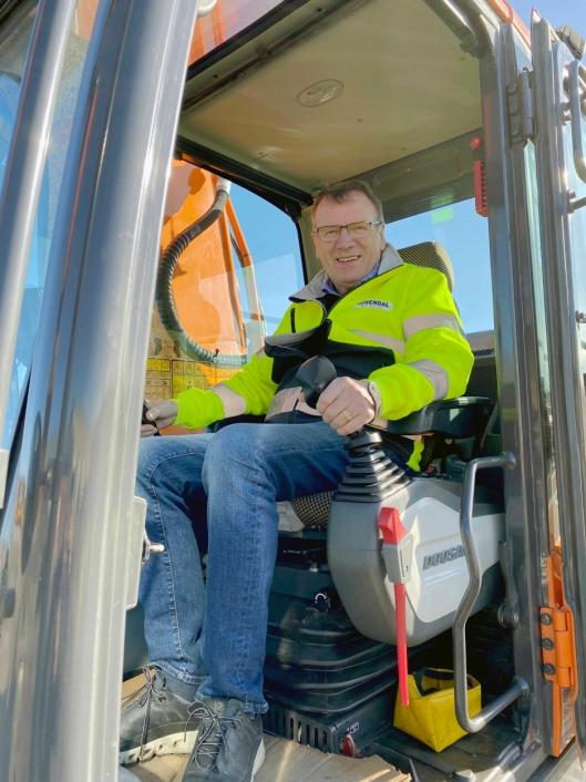 GRUNNLEGGEREN: Kåre Rosendal startet firmaet i 1986 og er fortsatt i full aktivitet som eier og styreleder.