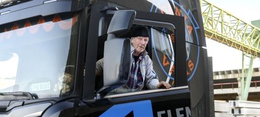Rolf (83) er i full jobb