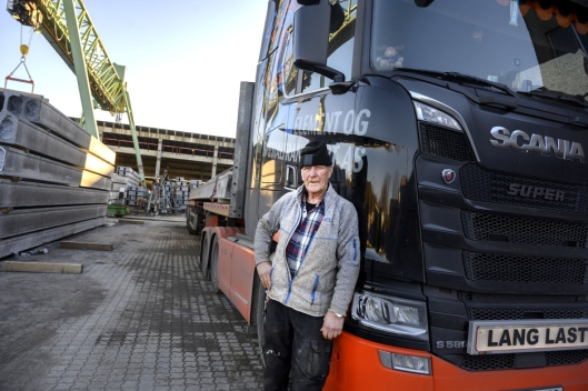 LANG: Mye av det Rolf Hansen og hans kollegaer kjører fra Loe Betongprodukter, er langt.