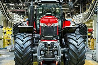 Stoppet traktorproduksjon
