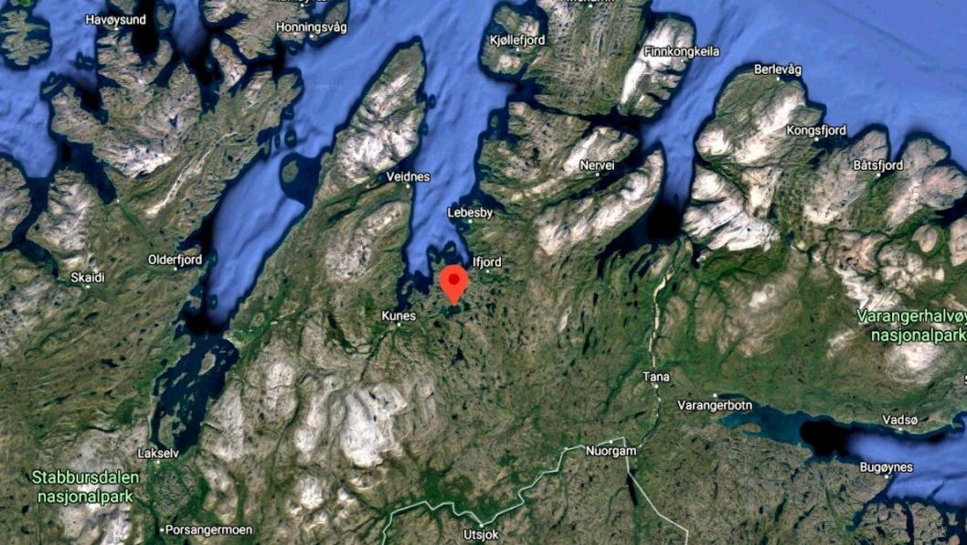 Bjørnevatn-bedriften AS Oscar Sundquist har fått et dam-oppdrag noen mil lenger vest i Finnmark, på Dam Store Måsvatn, i Lebesby kommune. Store Måsvatn er avmerket på satelittbildet.