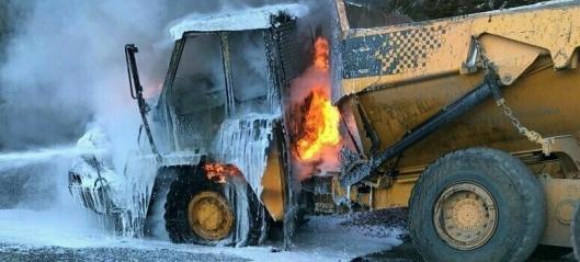 Dumper brant på kraftverkutbygging
