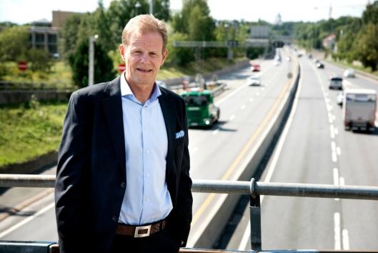 – Vi ønsker å bidra til at bransjestandarder for trafikksikkerhet blir mer kjent, sier NHO LT-sjef Are Kjensli.