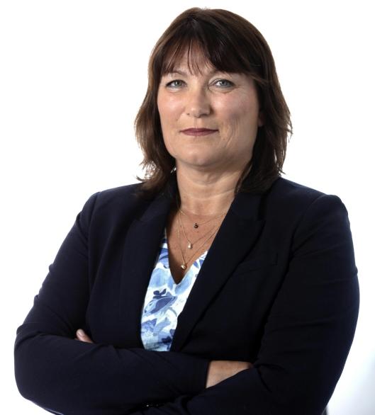 Forbundsleder Anita Johansen i Norsk Arbeidsmandsforbund er tydelig på at kjempeprosjektet må deles opp i mindre deler slik at norske selskap kan være med å konkurrere om hovedkontrakter.