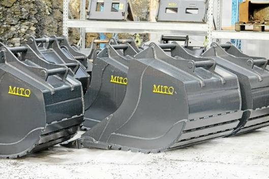MITO: Anleggsenteret Hadeland har også et stort utvalg av skuffer, markedsført under navnet Mito.