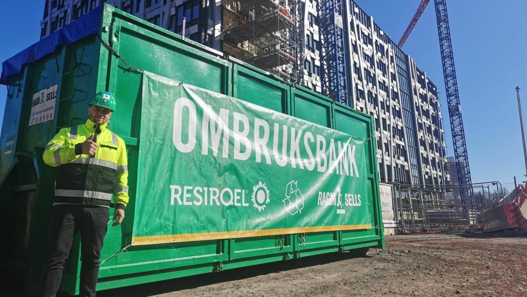 Resirqel og Ragn-Sells skal samarbeide for økt ombruk av byggematerialer. Grunnlegger og partner i Resiqel AS, Martin Eid, ser frem til å komme i gang med samarbeidet.