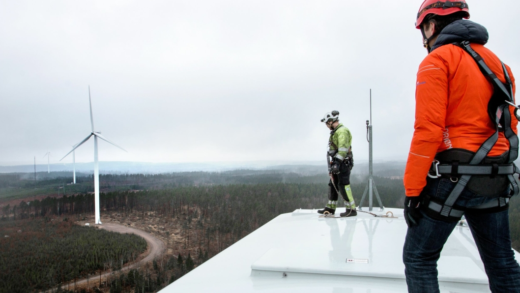 Veidekke skal være med på å bygge Vindpark Tvinnesheda i Sverige. Bilde fra et tidligere vindparkprosjekt.