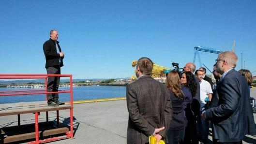 Daværende samferdselsminister Ketil Solvik-Olsen under avtaleinngåelsen av det historiske industrisamarbeidet i Midt-Norge.